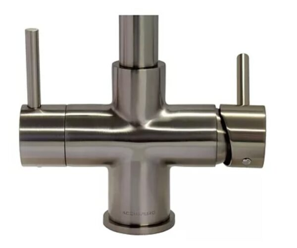 Hot-Water-no-flow-Right-Lever-Backwards-600x501
